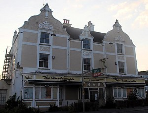 Pub Harbourside Inn